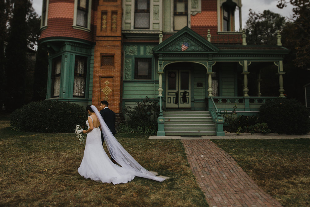 ©Isaiah-&-Taylor-Photography---Heritage-Square-Museum-Wedding,-Los-Angeles--21.jpg