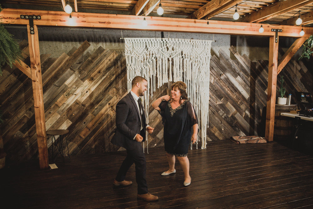 ©Isaiah + Taylor Photography - The Woodshed Booze Brothers Wedding, Vista California Wedding Photographer-152.jpg