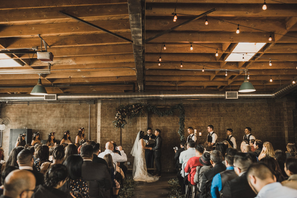 ©Isaiah + Taylor Photography - Smoky Hollow Studios Wedding, El Segundo, Los Angeles Wedding Photographer-51.jpg