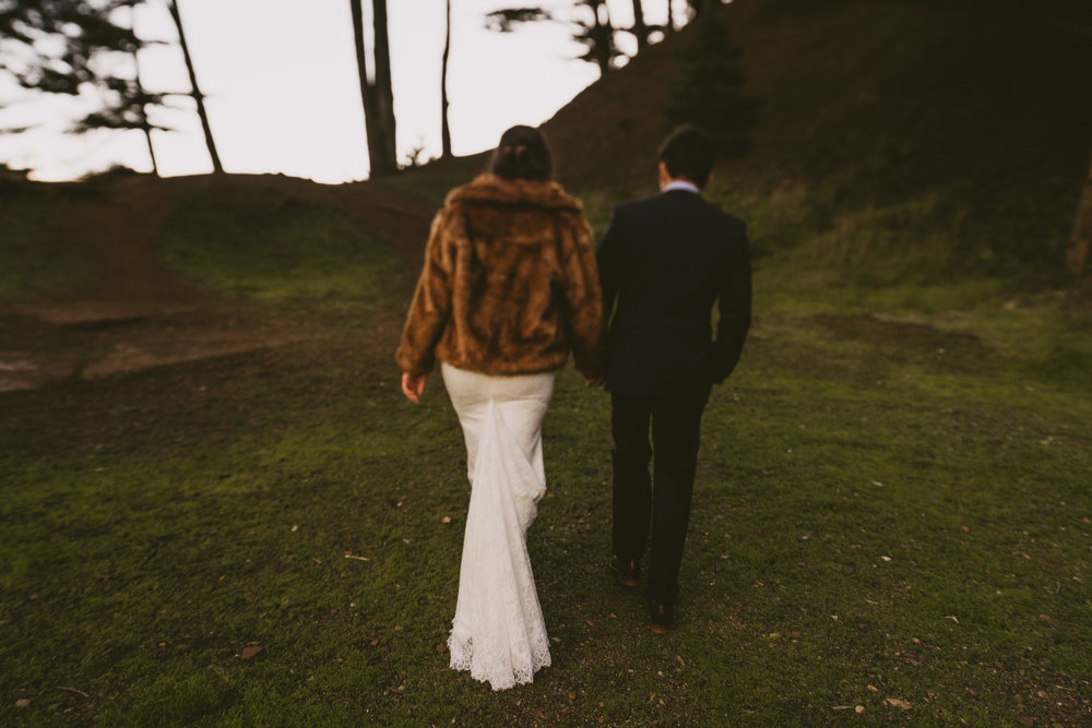 ©Isaiah + Taylor Photography - San Fransisco Elopement, Golden Gate Bridge-32.jpg