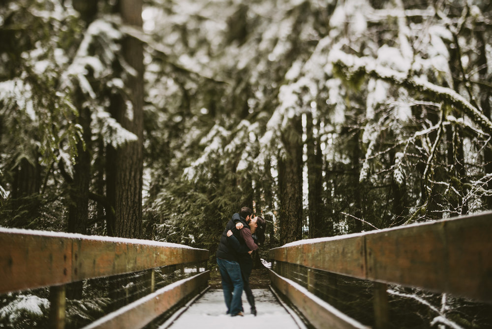 © Isaiah + Taylor Photography - Portland, Oregon Winter Forest Cabin Engagement-7.jpg
