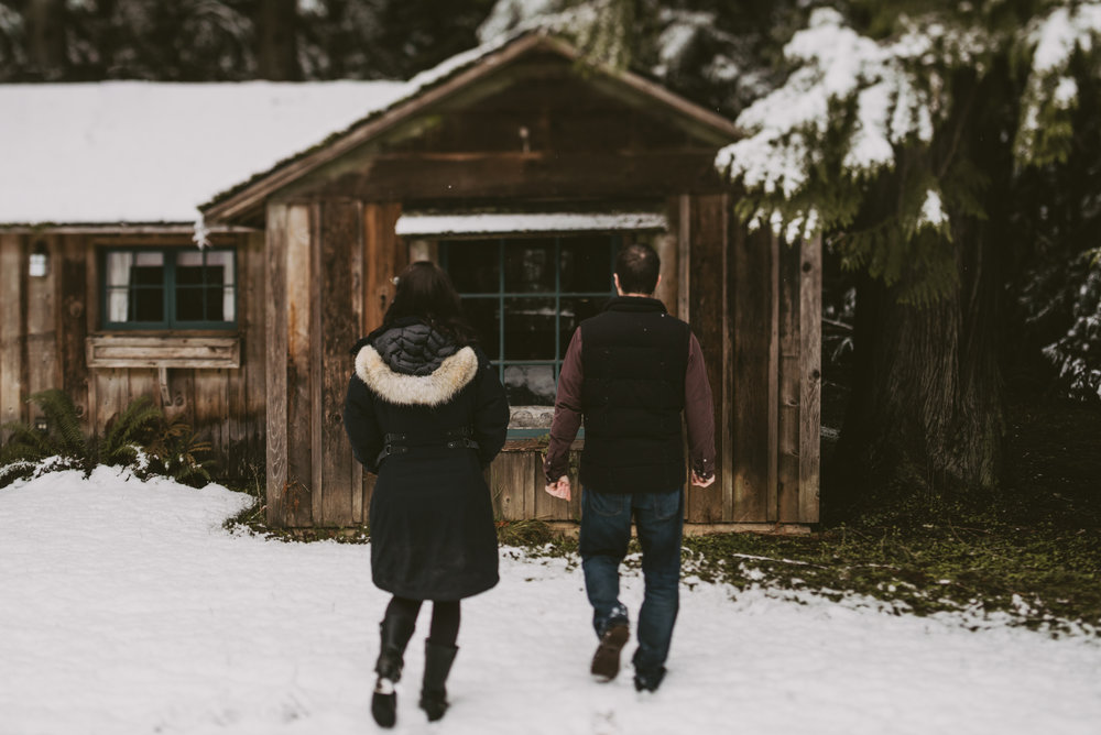 © Isaiah + Taylor Photography - Portland, Oregon Winter Forest Cabin Engagement-12.jpg