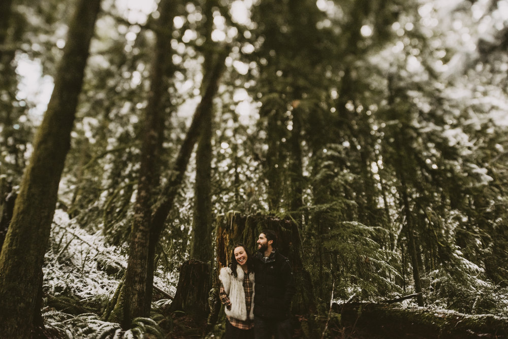 © Isaiah + Taylor Photography - Portland, Oregon Winter Forest Cabin Engagement-46.jpg