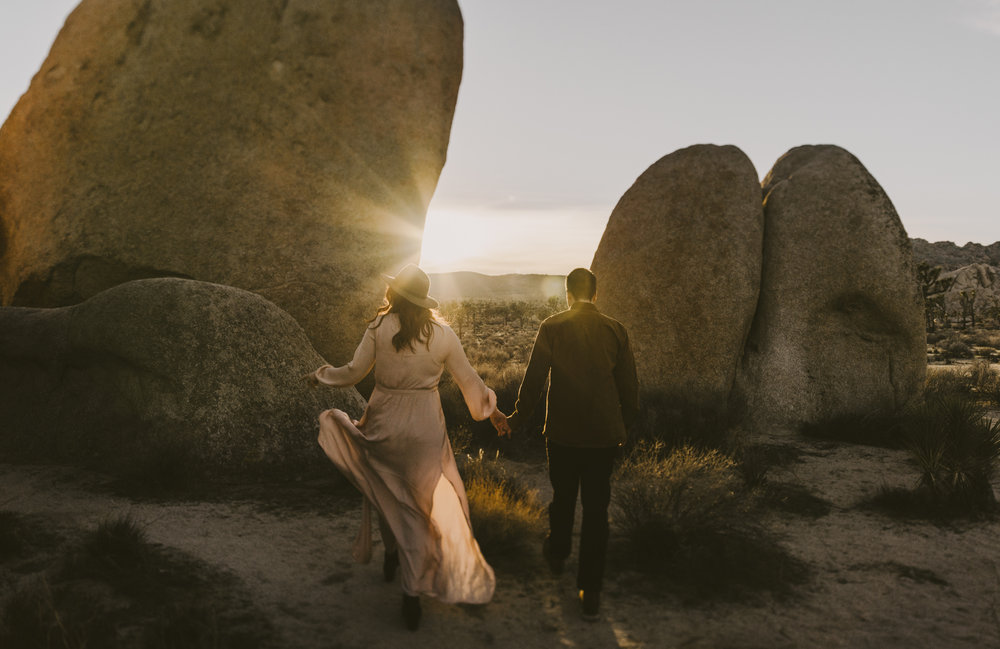 ©Isaiah + Taylor Photography - Joshua Tree Wedding Photographer-75.jpg
