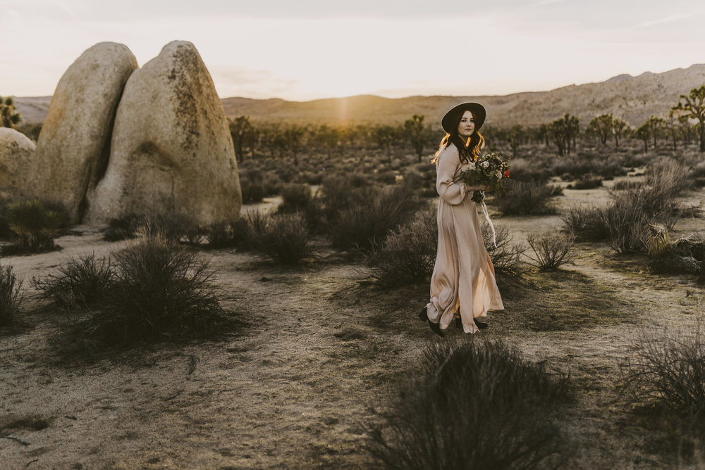 ©Isaiah + Taylor Photography - Joshua Tree Wedding Photographer-84.jpg