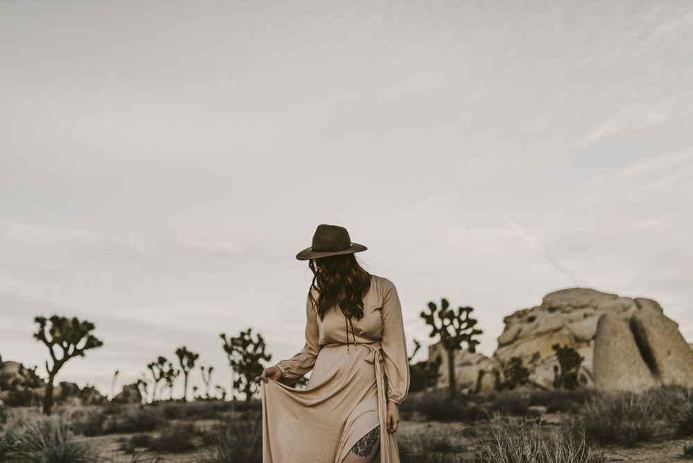 ©Isaiah + Taylor Photography - Joshua Tree Wedding Photographer-104.jpg