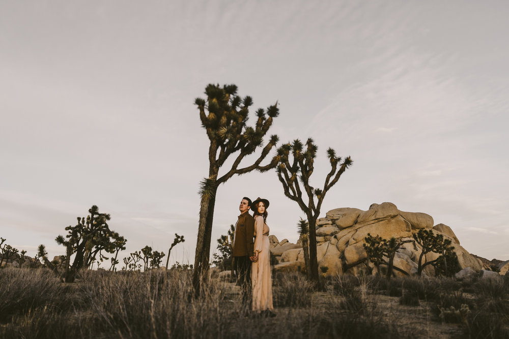 ©Isaiah + Taylor Photography - Joshua Tree Wedding Photographer-101.jpg