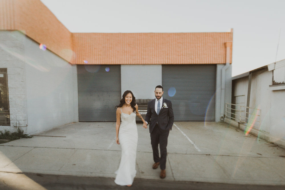 ©Isaiah + Taylor Photography - Big Door Studios Wedding, El Segundo, Los Angeles Wedding Photographer-34.jpg