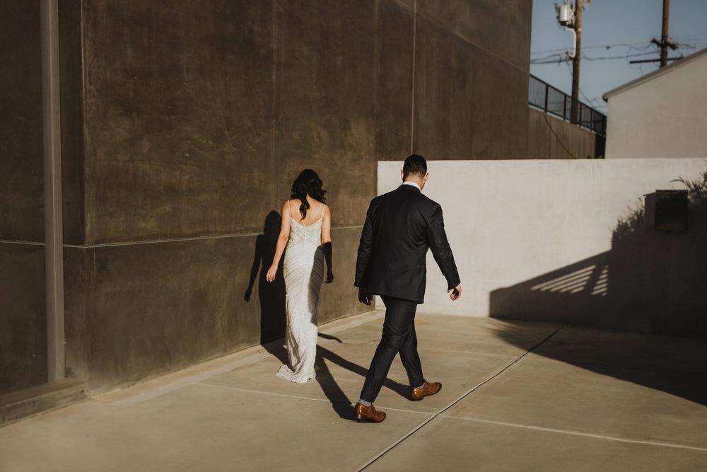 ©Isaiah + Taylor Photography - Big Door Studios Wedding, El Segundo, Los Angeles Wedding Photographer-40.jpg