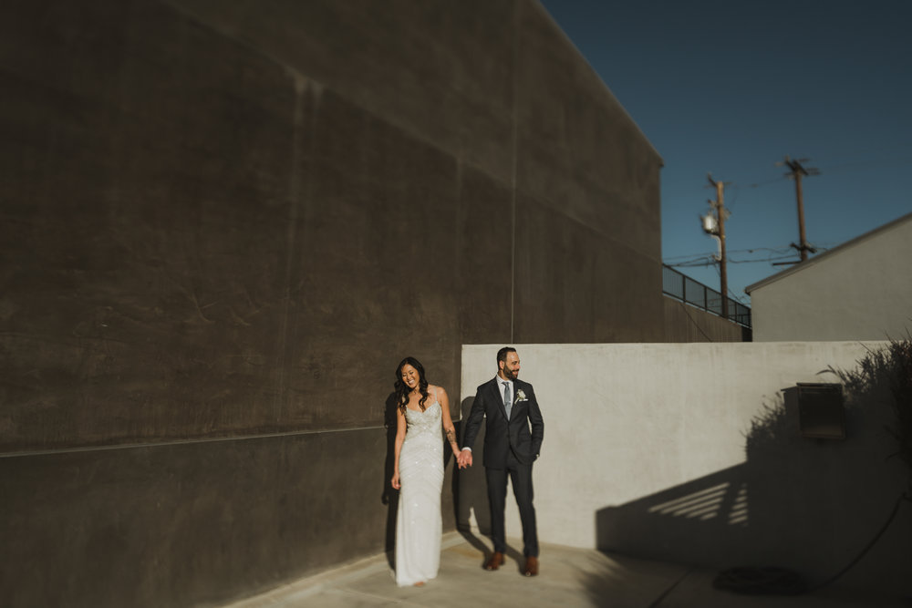 ©Isaiah + Taylor Photography - Big Door Studios Wedding, El Segundo, Los Angeles Wedding Photographer-41.jpg