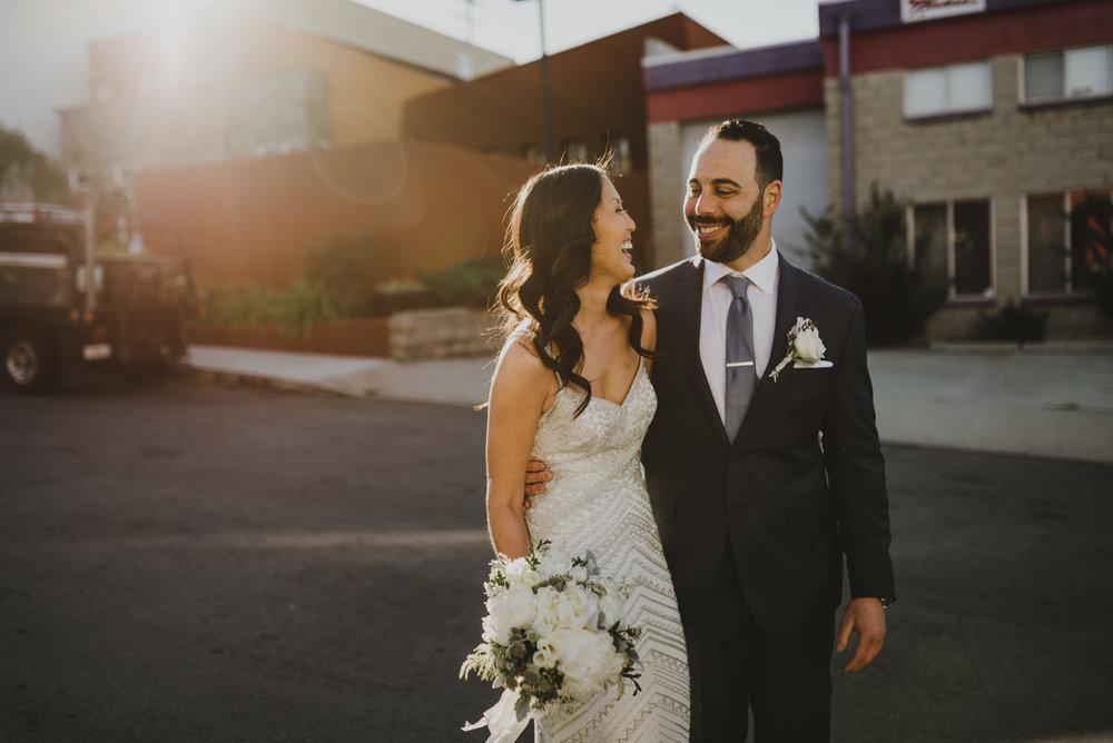 ©Isaiah + Taylor Photography - Big Door Studios Wedding, El Segundo, Los Angeles Wedding Photographer-44.jpg