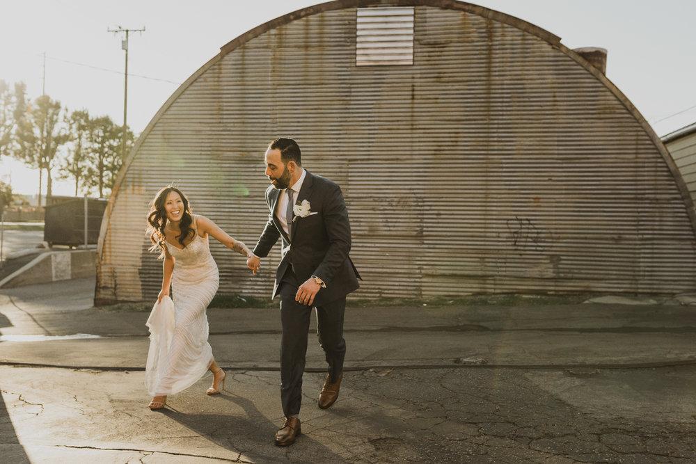 ©Isaiah + Taylor Photography - Big Door Studios Wedding, El Segundo, Los Angeles Wedding Photographer-65.jpg