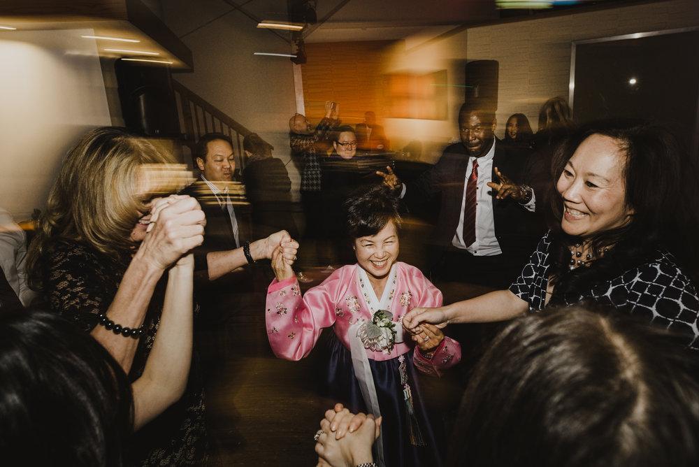 ©Isaiah + Taylor Photography - Big Door Studios Wedding, El Segundo, Los Angeles Wedding Photographer-99.jpg