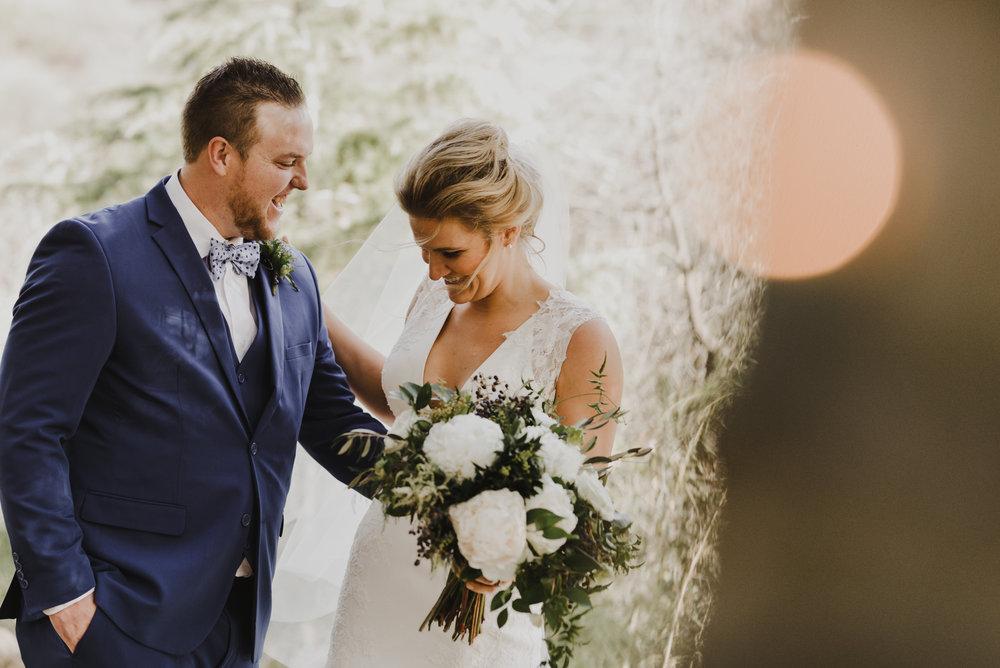 ©Isaiah + Taylor Photography - Serendipity Gardens Wedding, Oak Glen, San Bernarndino Wedding Photographer-18.jpg