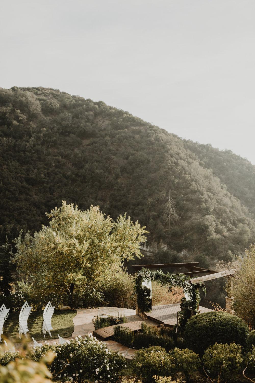 ©Isaiah + Taylor Photography - Serendipity Gardens Wedding, Oak Glen, San Bernarndino Wedding Photographer-28.jpg