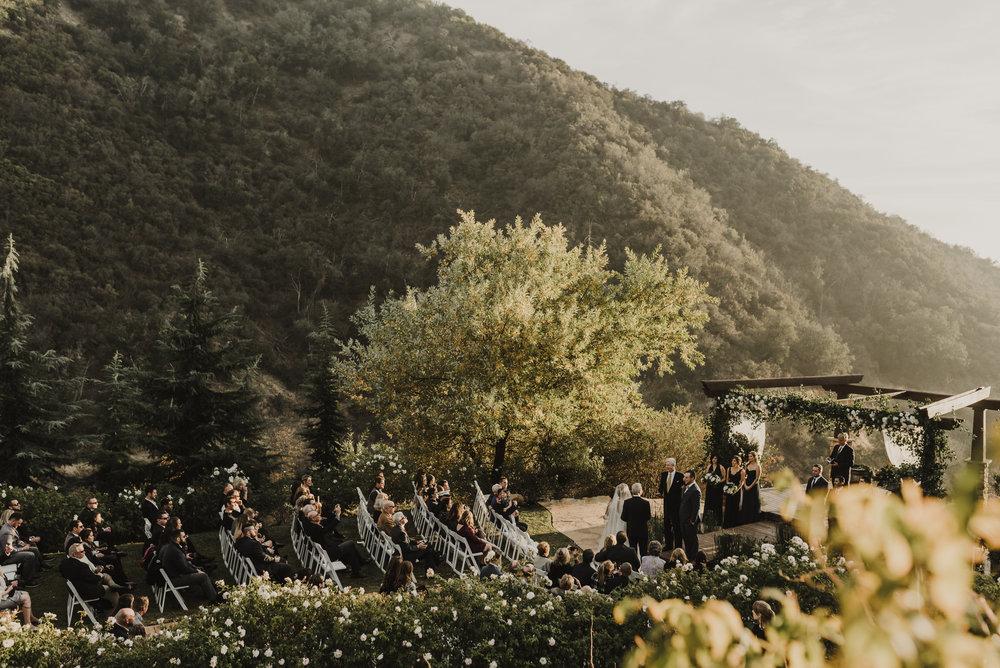 ©Isaiah + Taylor Photography - Serendipity Gardens Wedding, Oak Glen, San Bernarndino Wedding Photographer-34.jpg
