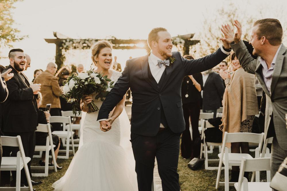 ©Isaiah + Taylor Photography - Serendipity Gardens Wedding, Oak Glen, San Bernarndino Wedding Photographer-37.jpg