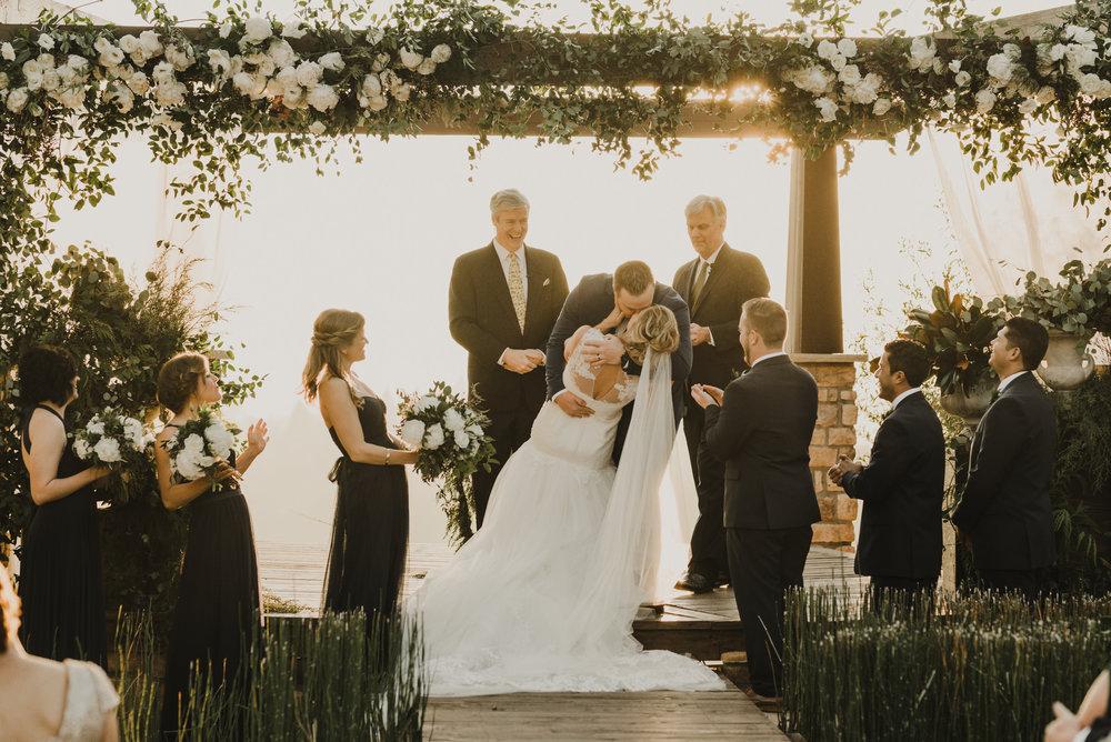 ©Isaiah + Taylor Photography - Serendipity Gardens Wedding, Oak Glen, San Bernarndino Wedding Photographer-36.jpg