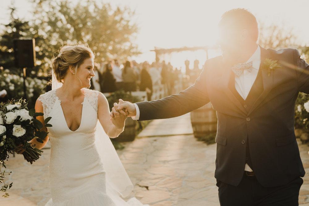 ©Isaiah + Taylor Photography - Serendipity Gardens Wedding, Oak Glen, San Bernarndino Wedding Photographer-38.jpg