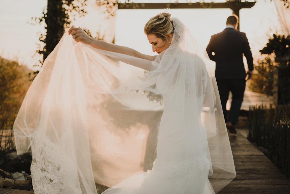 ©Isaiah + Taylor Photography - Serendipity Gardens Wedding, Oak Glen, San Bernarndino Wedding Photographer-41.jpg