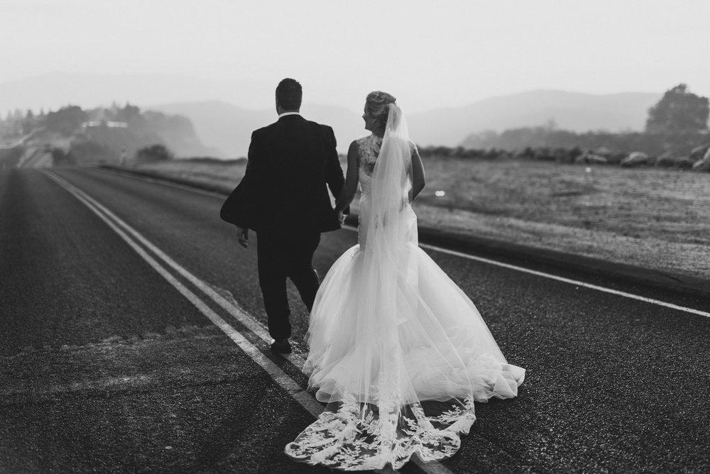 ©Isaiah + Taylor Photography - Serendipity Gardens Wedding, Oak Glen, San Bernarndino Wedding Photographer-46.jpg
