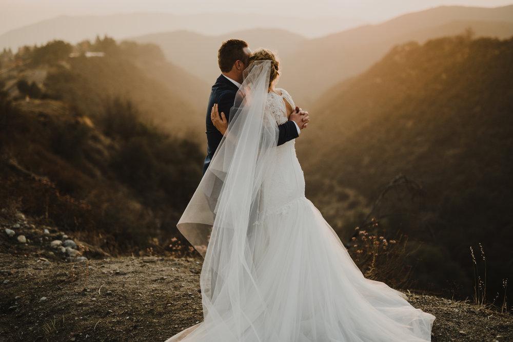 ©Isaiah + Taylor Photography - Serendipity Gardens Wedding, Oak Glen, San Bernarndino Wedding Photographer-55.jpg