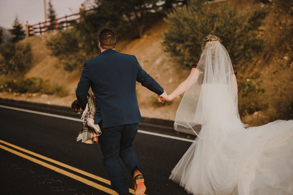 ©Isaiah + Taylor Photography - Serendipity Gardens Wedding, Oak Glen, San Bernarndino Wedding Photographer-60.jpg