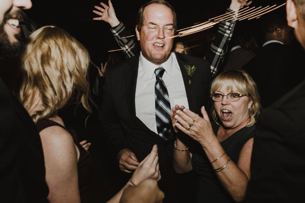 ©Isaiah + Taylor Photography - Serendipity Gardens Wedding, Oak Glen, San Bernarndino Wedding Photographer-71.jpg