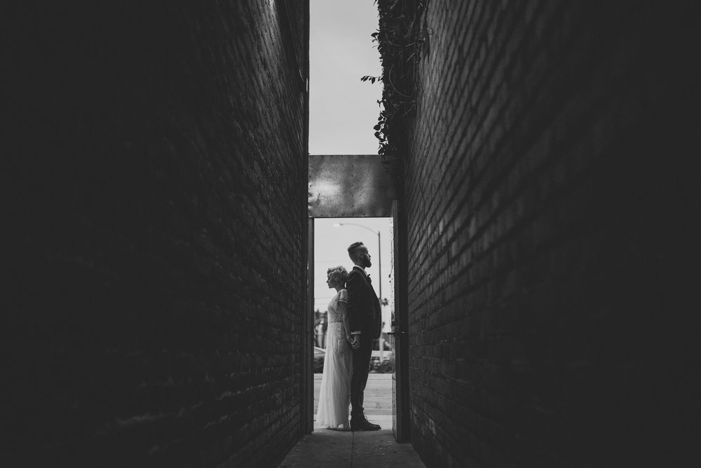 ©Isaiah + Taylor Photography - Studio 11 Wedding, Los Angeles Wedding Photographer-160.jpg