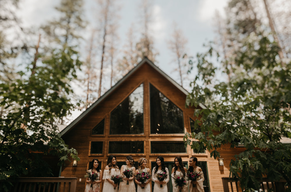 © Isaiah + Taylor Photography - Evergreen Lodge Destination Yoesmite Wedding - Los Angeles Wedding Photographer-056.jpg