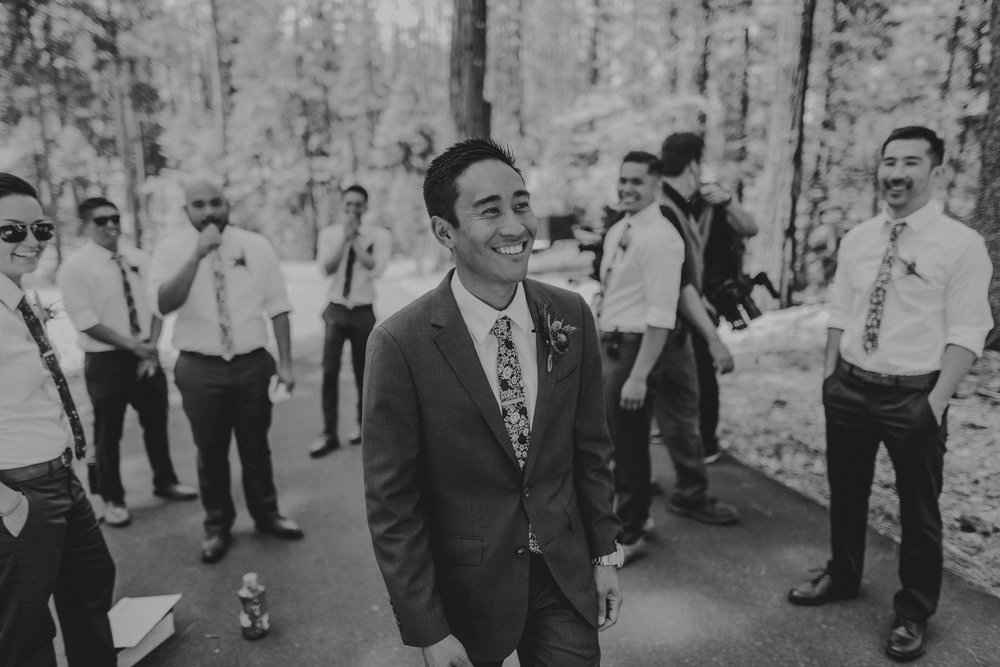 © Isaiah + Taylor Photography - Evergreen Lodge Destination Yoesmite Wedding - Los Angeles Wedding Photographer-062.jpg