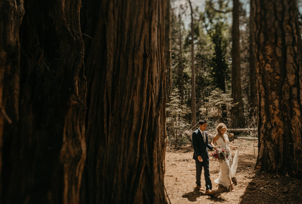 © Isaiah + Taylor Photography - Evergreen Lodge Destination Yoesmite Wedding - Los Angeles Wedding Photographer-083.jpg