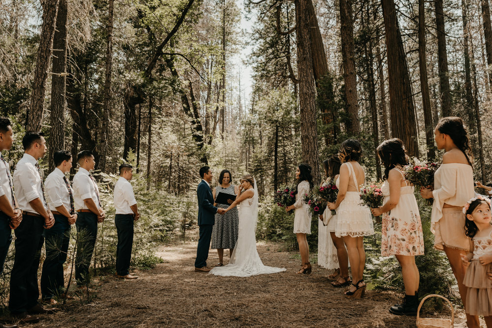 © Isaiah + Taylor Photography - Evergreen Lodge Destination Yoesmite Wedding - Los Angeles Wedding Photographer-110.jpg
