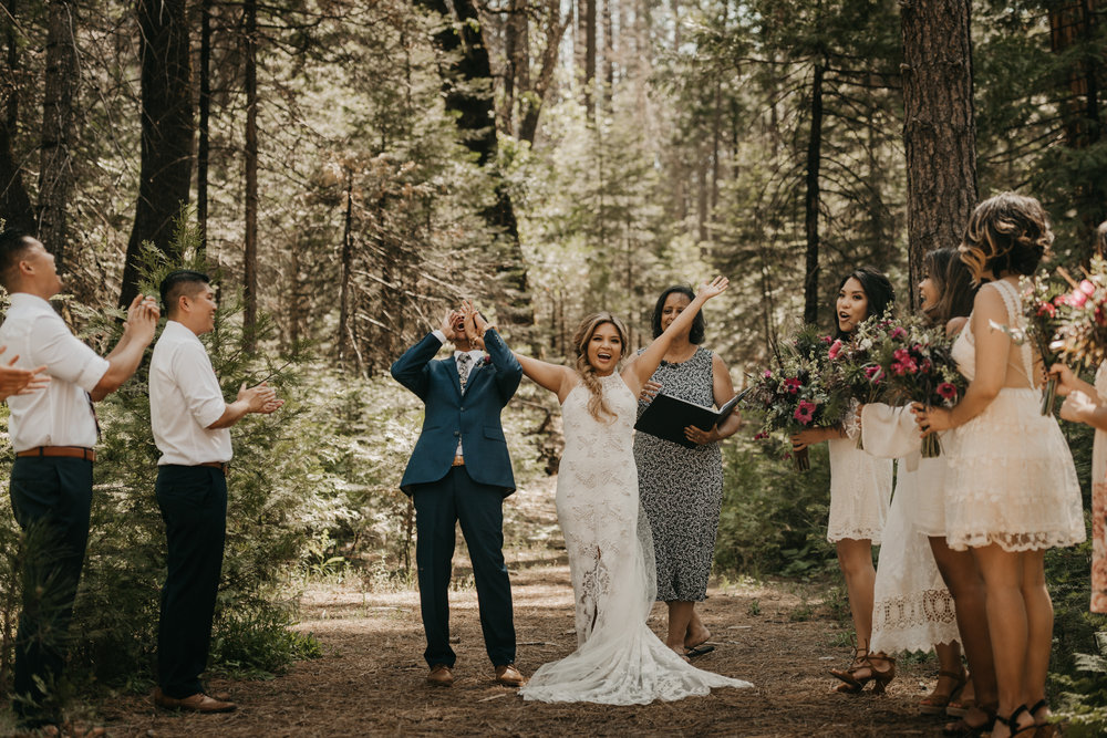 © Isaiah + Taylor Photography - Evergreen Lodge Destination Yoesmite Wedding - Los Angeles Wedding Photographer-120.jpg