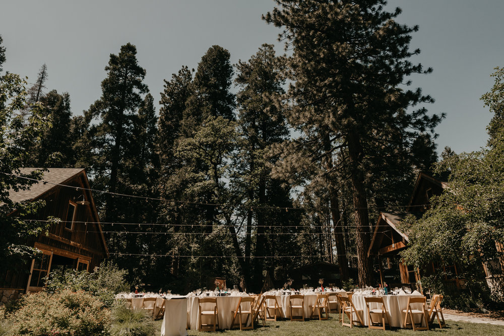 © Isaiah + Taylor Photography - Evergreen Lodge Destination Yoesmite Wedding - Los Angeles Wedding Photographer-157.jpg