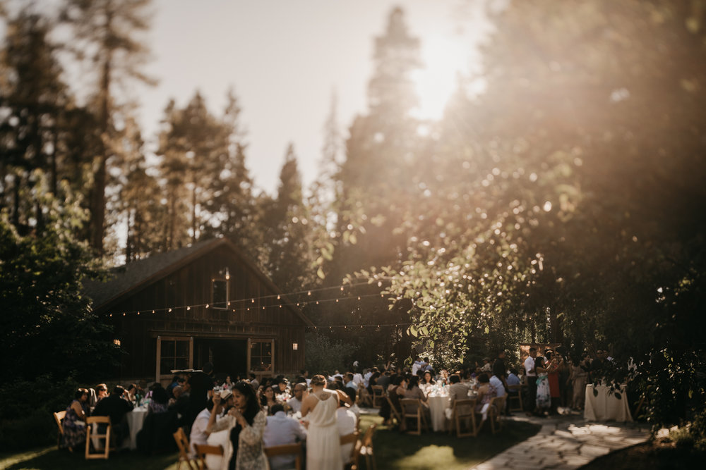 © Isaiah + Taylor Photography - Evergreen Lodge Destination Yoesmite Wedding - Los Angeles Wedding Photographer-161.jpg