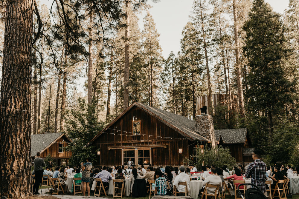 © Isaiah + Taylor Photography - Evergreen Lodge Destination Yoesmite Wedding - Los Angeles Wedding Photographer-178.jpg