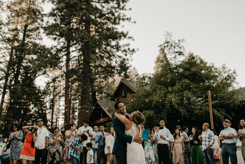 © Isaiah + Taylor Photography - Evergreen Lodge Destination Yoesmite Wedding - Los Angeles Wedding Photographer-189.jpg