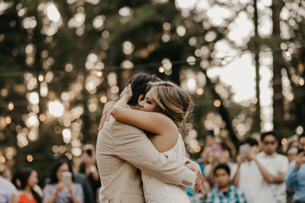 © Isaiah + Taylor Photography - Evergreen Lodge Destination Yoesmite Wedding - Los Angeles Wedding Photographer-194.jpg