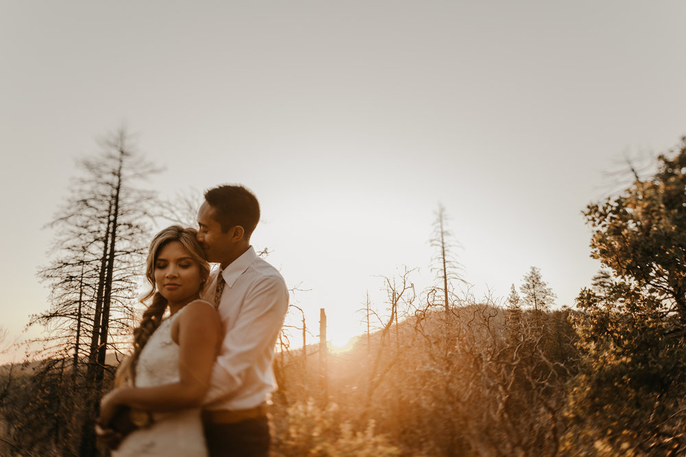 © Isaiah + Taylor Photography - Evergreen Lodge Destination Yoesmite Wedding - Los Angeles Wedding Photographer-221.jpg