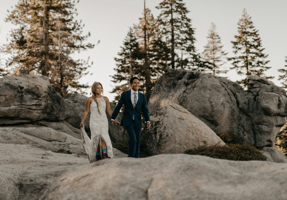© Isaiah + Taylor Photography - Yosemite Nationanl Park Elopement Photographer - Evergreen Lodge Wedding-007.jpg