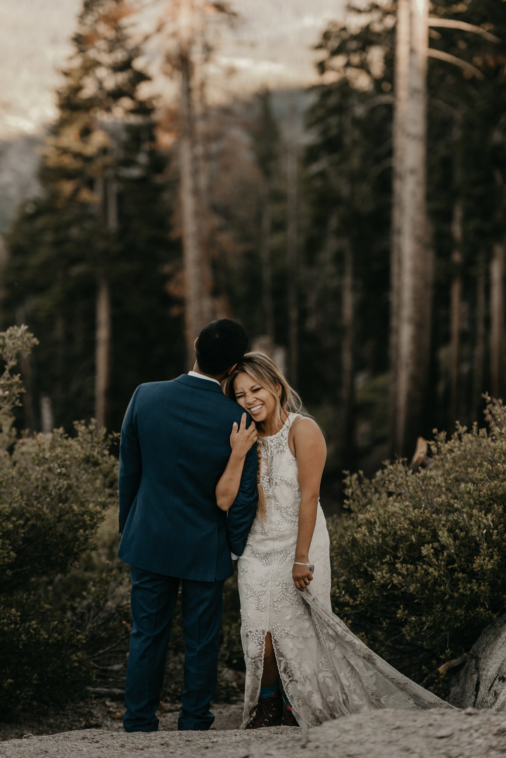 © Isaiah + Taylor Photography - Yosemite Nationanl Park Elopement Photographer - Evergreen Lodge Wedding-024.jpg