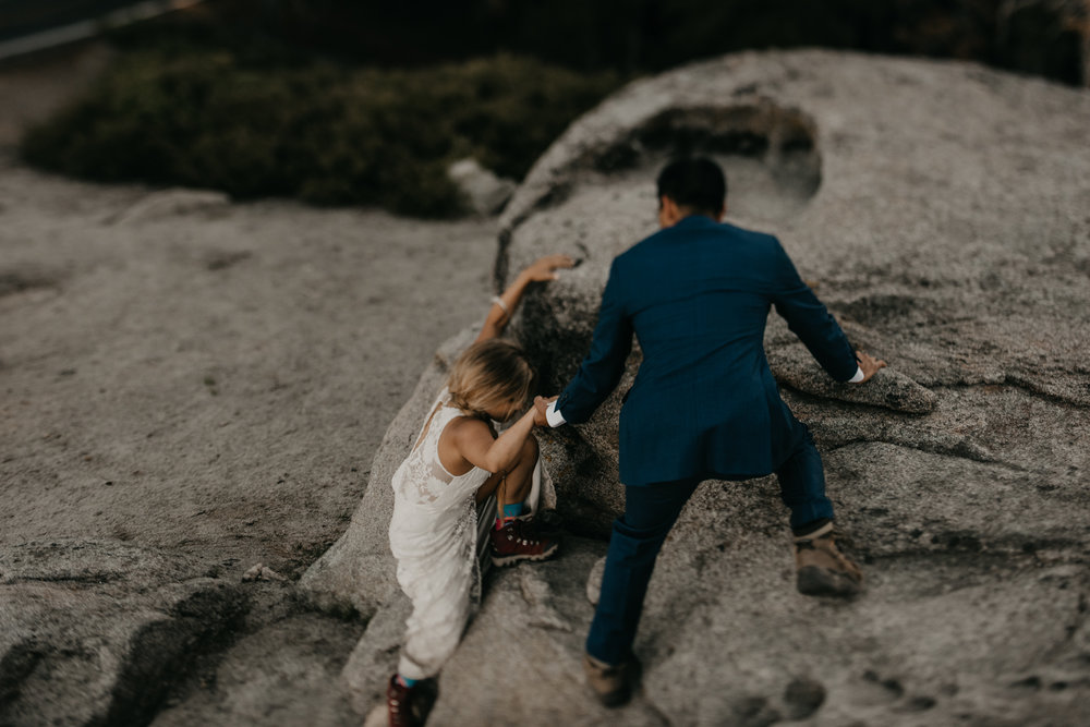 © Isaiah + Taylor Photography - Yosemite Nationanl Park Elopement Photographer - Evergreen Lodge Wedding-032.jpg