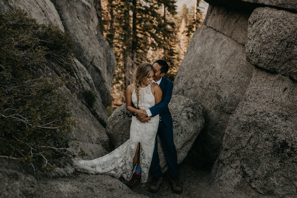 © Isaiah + Taylor Photography - Yosemite Nationanl Park Elopement Photographer - Evergreen Lodge Wedding-033.jpg