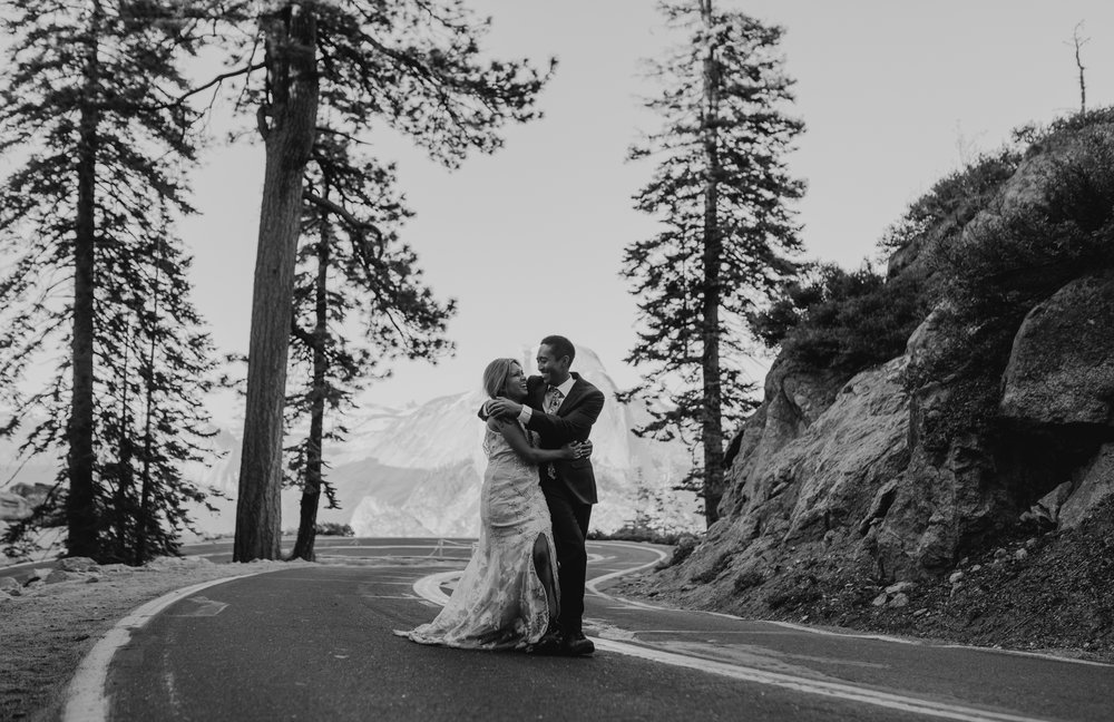 © Isaiah + Taylor Photography - Yosemite Nationanl Park Elopement Photographer - Evergreen Lodge Wedding-042.jpg