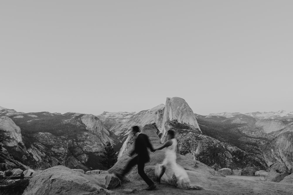 © Isaiah + Taylor Photography - Yosemite Nationanl Park Elopement Photographer - Evergreen Lodge Wedding-071.jpg