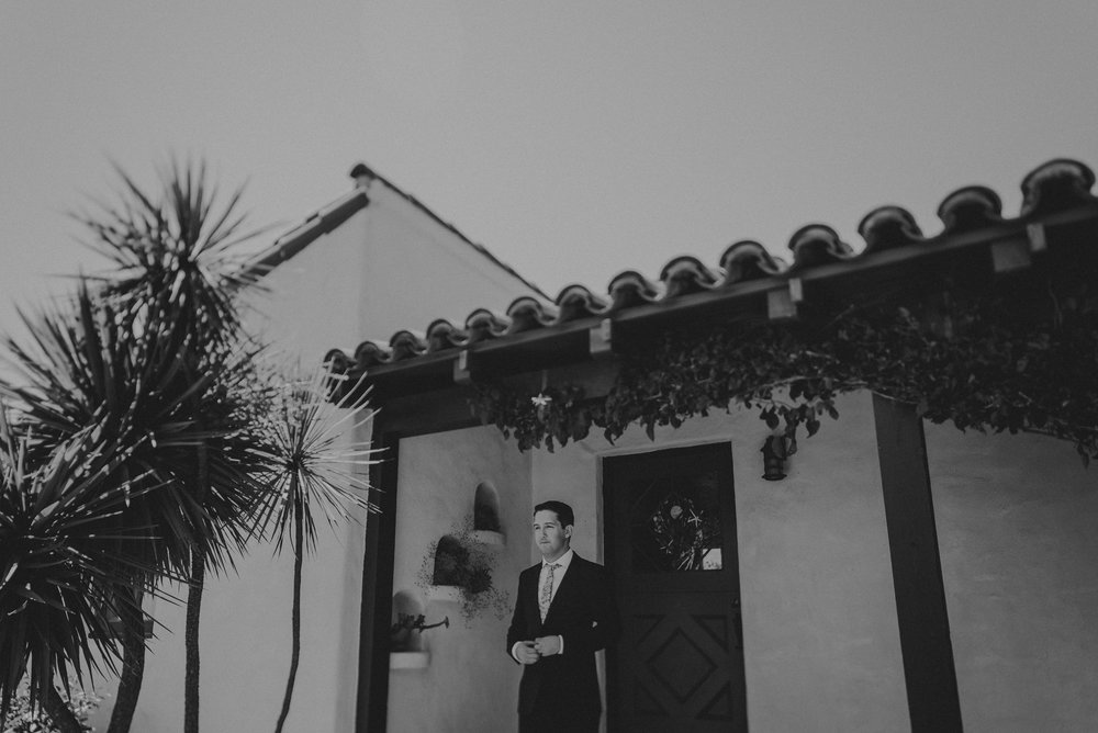 © Isaiah + Taylor Photography - San Clemente Historic Cottage Laid-Back Wedding-005.jpg