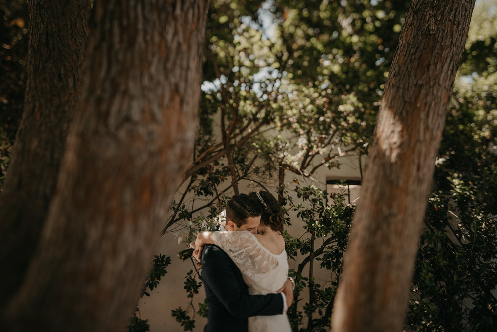 © Isaiah + Taylor Photography - San Clemente Historic Cottage Laid-Back Wedding-042.jpg