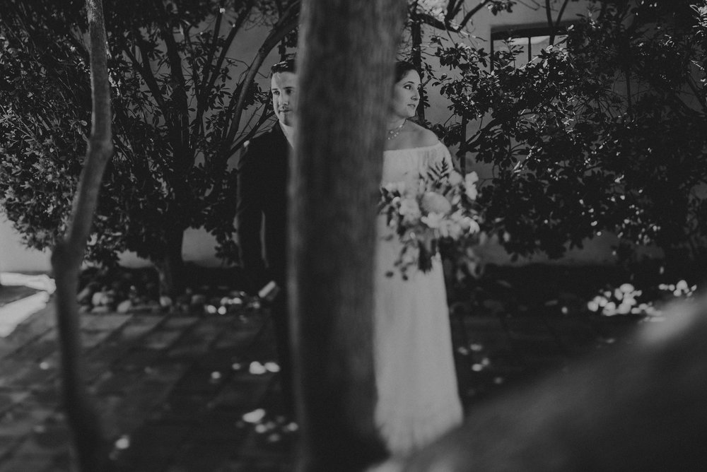 © Isaiah + Taylor Photography - San Clemente Historic Cottage Laid-Back Wedding-047.jpg
