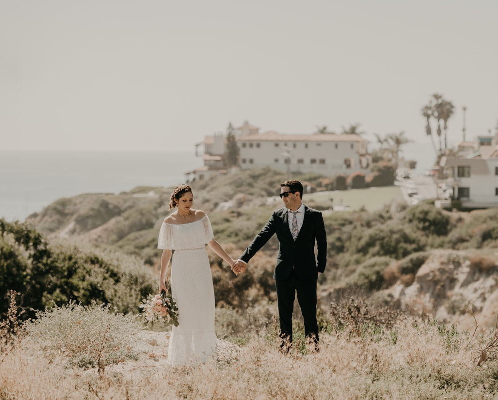 © Isaiah + Taylor Photography - San Clemente Historic Cottage Laid-Back Wedding-067.jpg